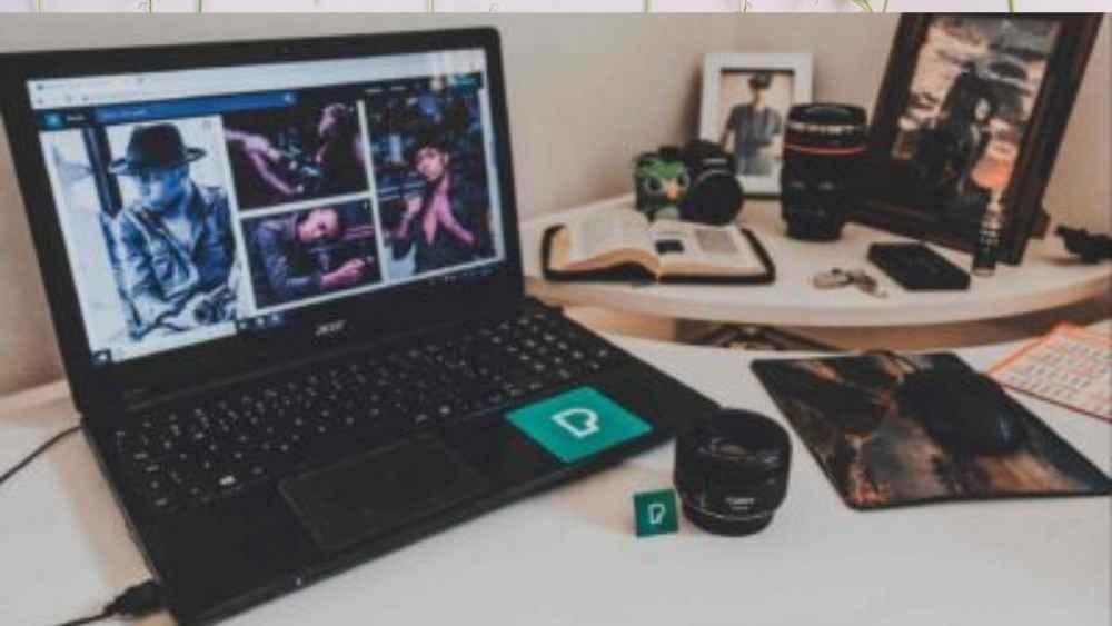 laptop with a screenshot